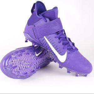 Nike Alpha Menace Pro 2 Mid Football Cleats